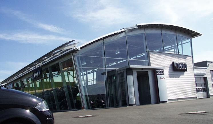 audizentrum in wackersdorf architekturb ro ferdinand. Black Bedroom Furniture Sets. Home Design Ideas
